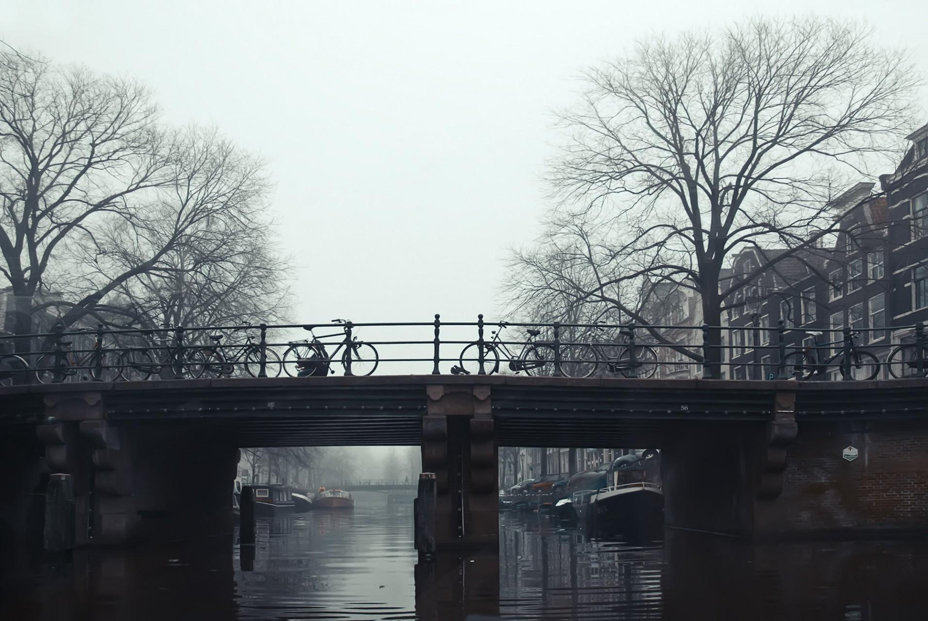 05 Amsterdam - FrontBridge